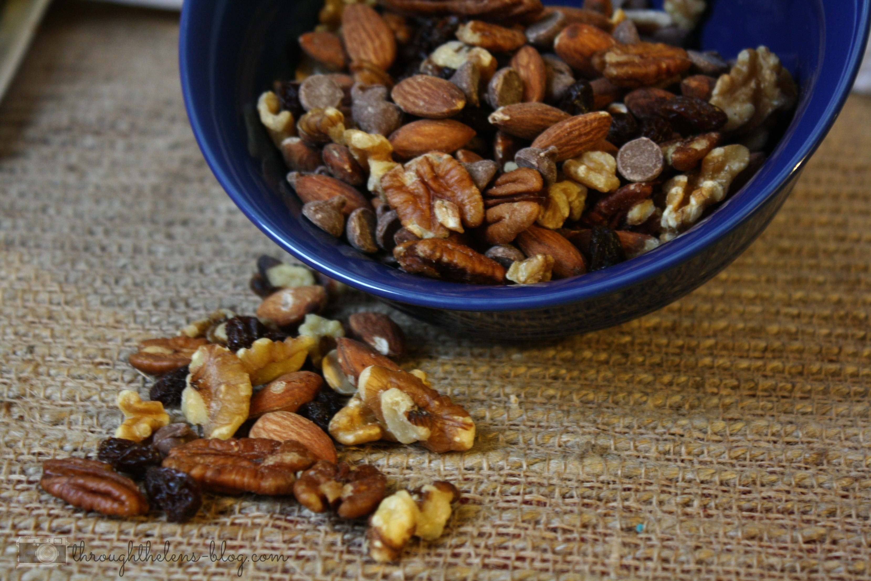 how to make trail mix healthy